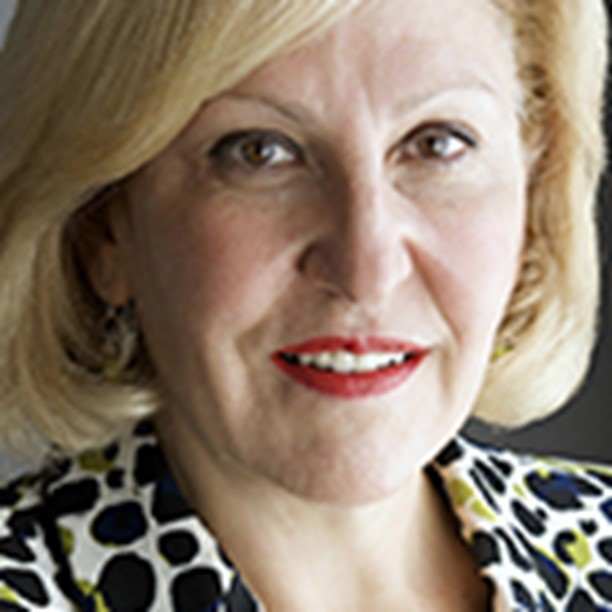 Headshot of Arlene Tansey